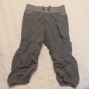 Ivivva studio crop size 12 gray